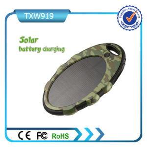 Camo Color Dual USB Ports Solar Power Bank Charger pictures & photos