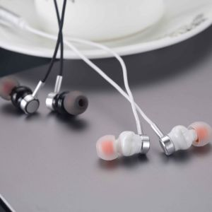 Hot Promotion! Wholesale Earphone for Samsung Mobile Phone, Balanced Armature Earphones pictures & photos