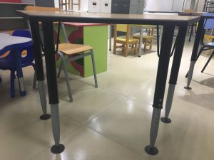 Colour Customized Trapezoid Adjustable School Steel Base Desk pictures & photos