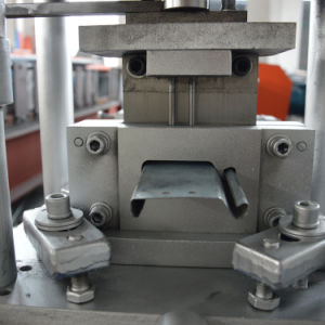 0.5 - 1.0mm Galvanized Steel Metal Shutter Door Roll Forming Machine pictures & photos