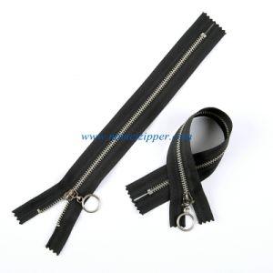 No. 3 Brass Zipper Nickle Teeth Auto Lock Slider pictures & photos