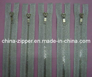 5# Plastic Silver Tape Zipper