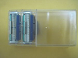 Triple Razor Refill Cartridge for Gillette Mach3 Turbo Blade pictures & photos