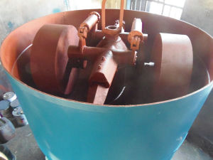 Double Grinding Wheels Type Sand Muller pictures & photos