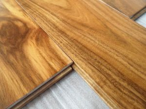 Foshan Factory Hand Scraped Solid Acacia Wood Flooring pictures & photos