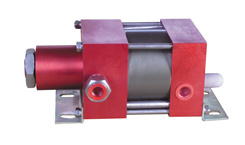 High Pressure Air Amplifier for Compressed Air pictures & photos