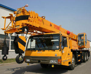 Low Price Full Hydraulic Crane Truck (25Tons) pictures & photos