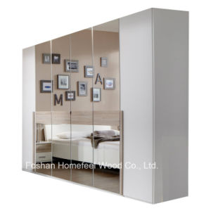 Bedroom Furniture 6 Open Door Mirrored Wardrobe Closet (WB45) pictures & photos