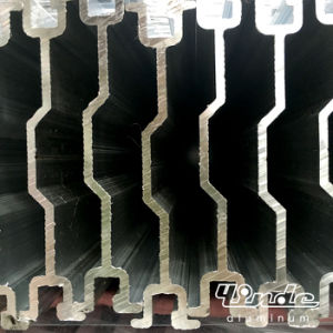 Extrusion Bar/Extruded Aluminium Profile for Mechanical Parts pictures & photos