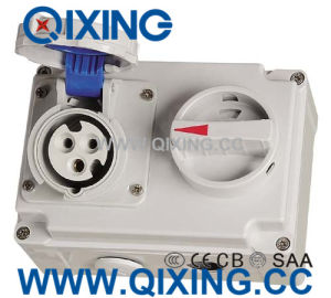 IP67 16A International Standard Socket with Switches and Mechanical Interlock pictures & photos