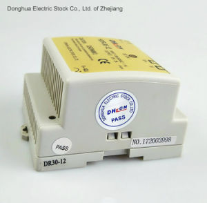 30W HDR-30 DIN Rail Power Supply Universal AC Input/ Full Range 88-264VAC to DC pictures & photos