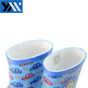 Pretty Pattern Kids Rubber Rain Boots with Cartoon Car pictures & photos