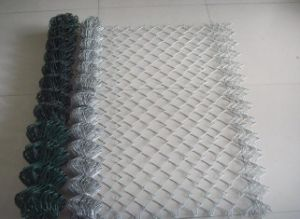 Low Price Chain Link Fence Packed in Roll and Pieces pictures & photos