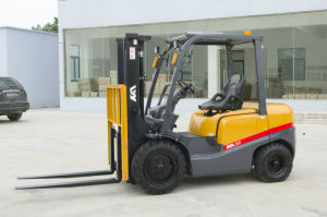 Factory Price 2-4ton Diesel Forklift with Japanese Mitsubishi Engine pictures & photos