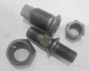 Mitsubishi Canter Rear Wheel Hub Bolt with Grade 10.9 pictures & photos