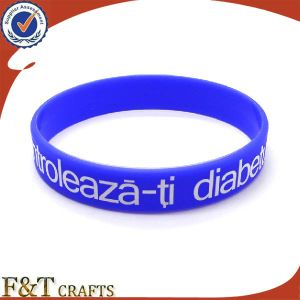 Custom Silicon Bracelet Blank Filling Color for Gift pictures & photos