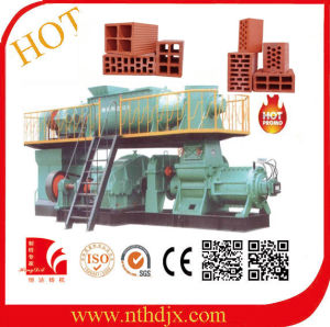 Good Price with One Year Guarantee Soil Mud Clay Brick Making Machine pictures & photos