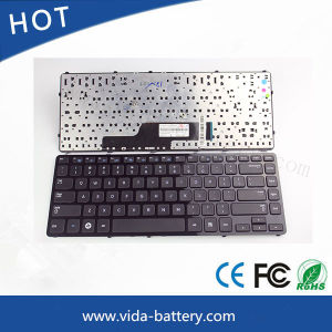 Computer Keyboard/Mini Keyboard for Samsung Np300e4a 3430ea 305e4a 300e4X 300e4a pictures & photos