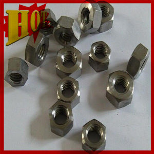 Gr 5 Titanium Alloy Lug Nuts in Stock pictures & photos