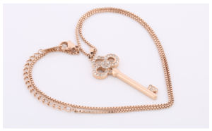 Boutique Stainless Steel Necklace Key Diamond Necklace Female Fashion Jewelry (hdx1011) pictures & photos
