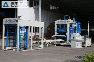 CE Quality Certified Concrete Brick Making Machine pictures & photos