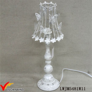 Quaint Beautiful Rusted White Metal Table Lamp with Butterfly pictures & photos