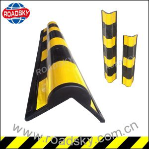 Wall Protection High Strength Right/ Round Angle Rubber Corner Guard pictures & photos