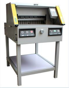 Electrical Paper Cutter with Type 4 Safety Curtain (FN-4806RX) pictures & photos