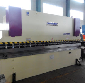 Hydraulic Press Brake Wc67y-125t/3200 E10 / Bending Machine Builder / Manual Bending pictures & photos