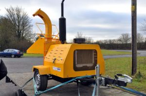 Farm Machinery 40HP Diesel Wood Chipper Dh-40, Ce Certificate pictures & photos