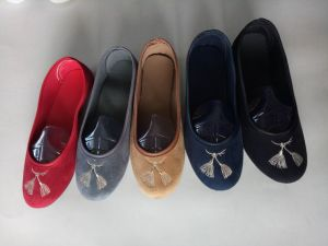 Flat Heel Sexy Ballet Lady Shoes for All Season pictures & photos