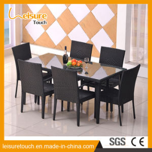Indoor/Outdoor Garden Restaurant Furniture Rattan Dining Chair and Table Set pictures & photos
