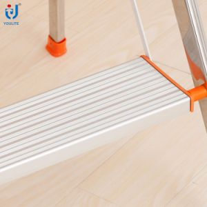 4 Step Multi-Purpose Household Folding Stainless Steel Ladder pictures & photos