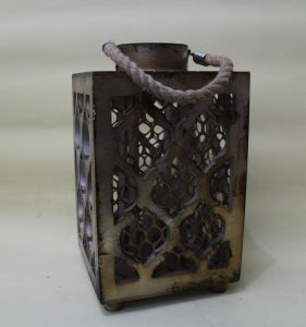 Metal Classical Spray Painted Green Luxury Honeycomb Shaped Lantern pictures & photos