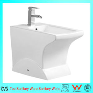 European Style Sanitary Ware Bathroom Shattaf Ceramic Bidet pictures & photos