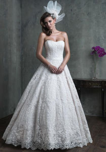 Best Quality Strapless Ivory White Lace Beach Wedding Dress (Dream-100025) pictures & photos