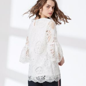Ladies Fashion Round Neck Hollow Lace Flare Sleeve Chiffon Blouse pictures & photos