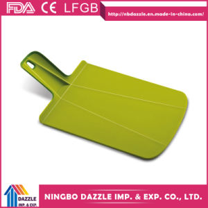 Plastic Green Chopping Board Cut Board Cutting Board with Handle pictures & photos