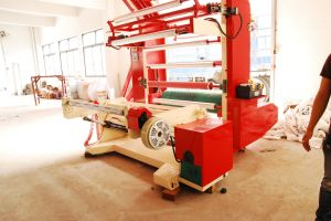 Non Woven Fabric Roll Paper Plastic Film High Speed Flexographic Printing Machine pictures & photos