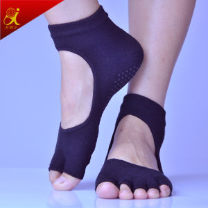 Fashion Cute Custom Non Slip Sock for Adults pictures & photos