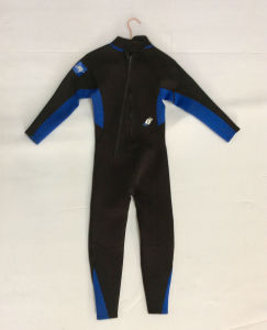Men′s Long Neoprene Surfing Wetsuit (HX15L38) pictures & photos