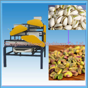High Capacity Nut Sheller Machine with Factory Price pictures & photos
