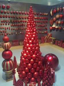 Baubble Wreath with Light for European Marketing (different shapes and sizes) pictures & photos