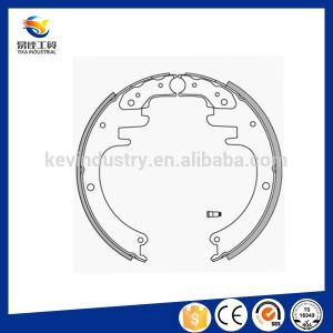 Hot Sale Auto Brake Systems Brake Shoes for Trucks pictures & photos