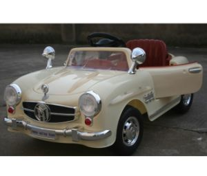 2014 New Open Door Ride on Car with LCD pictures & photos