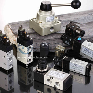 220V AC Aluminum Body 4V210-08 Air Solenoid Valves pictures & photos