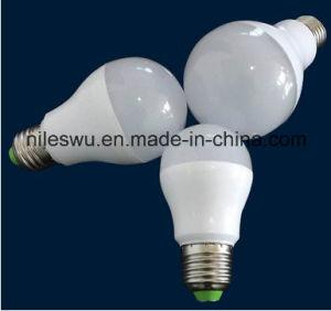 High Lumen LED Bulb Plastic and Aluminium Light pictures & photos