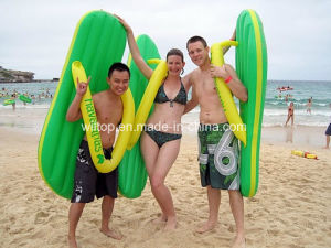 Summer Inflatable Surfing Beach Flip Flops (PM160) pictures & photos