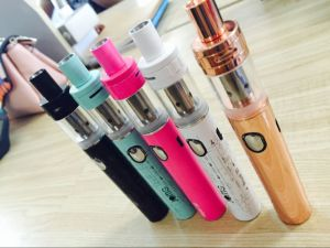 E Cigarette Big Vapor Slim Vaporizer Pen Royal 30 Vape Pen Kit pictures & photos