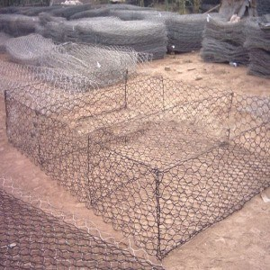 Zinc Coated Gabion Box Factory pictures & photos